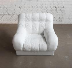 Sofa in White
